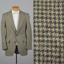 Medium 38R Mens 1970s Blazer Gray and White Tweed Houndstooth Two Button Jacket Sportcoat