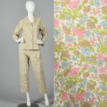 Small 1960s Deadstock Flannel Pajamas Pink Floral Print Flannel PJ Set Long Sleeve Top Cropped Pants