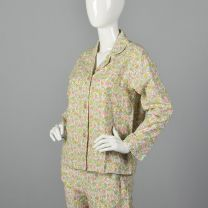 Small 1960s Deadstock Flannel Pajamas Pink Floral Print Flannel PJ Set Long Sleeve Top Cropped Pants - Fashionconstellate.com