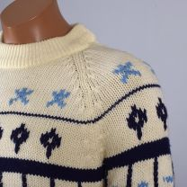 Medium Mens 1960s Sweater Cream and Blue Scandinavian Fair Isle Print Ribbed Knit Pullover - Fashionconstellate.com