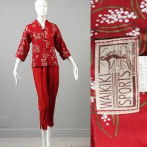 XS 1950s Pant Set Red Asian Inspired Floral Jacket High Waist Cigarette Pants Hawaiian Beach Outfit