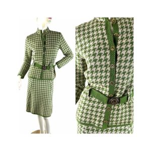 1970s St. John Knits houndstooth suit