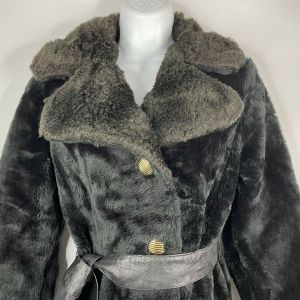 1970s Black Faux Fur Faux Shearling Belted Coat Size 10 - Fashionconstellate.com