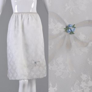 Medium 1960s White Slip Lingerie Bridal Layered Floral Patterned Chiffon Half Slip - Fashionconstellate.com