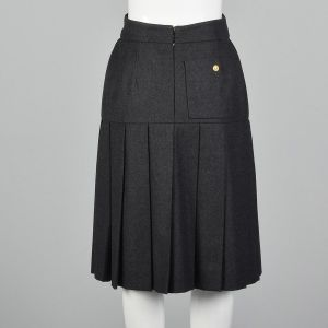 Small 1990s Chanel Boutique Gray Skirt Wool Pleated Logo Button Silk Lining - Fashionconstellate.com
