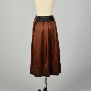 Small 1910s Edwardian Embroidered Hem Brown Silk - Fashionconstellate.com