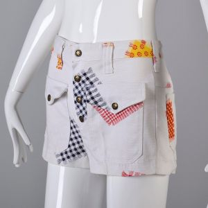 XS White Shorts 1970s Snap Fly White Red and Yellow Gingham Patchwork Patch Pockets - Fashionconstellate.com