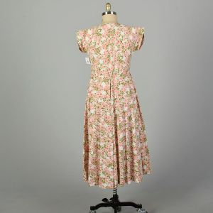 XL 1950s Day Dress Pink Floral Cotton Shirtwaist Lightweight Fit and Flare - Fashionconstellate.com