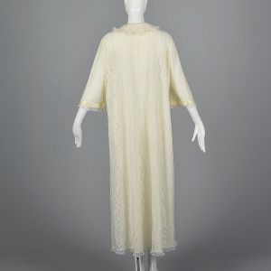 Large 1970s Ivory Robe Lace Sleepwear Honeymoon Bell Sleeves  - Fashionconstellate.com