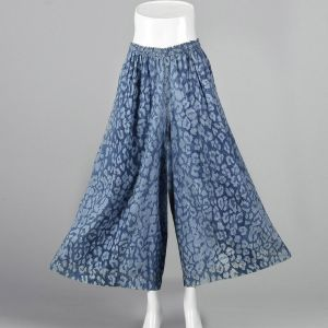 Small 1980s Lightweight Blue Palazzo Pants Abstract Animal Print - Fashionconstellate.com