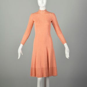 Medium 1970s Knit Dress Peach Spring Sweater Long Sleeve