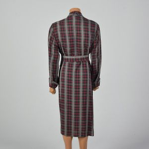 Medium 1950s Mens Deadstock Robe Long Sleeve Plaid Cuffed Sleeve Shawl Collar  - Fashionconstellate.com