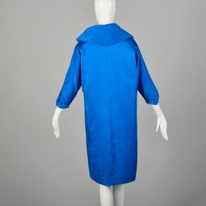 Small 1950s Clutch Coat Blue Satin Bracelet Cuffs Batwing Sleeves Wide Collar - Fashionconstellate.com