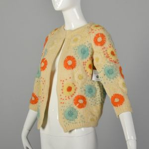 Small 1960s Boho Cardigan Sweater with Colorful Floral Embroidery - Fashionconstellate.com