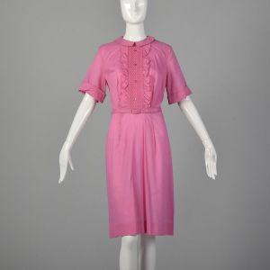 Large 1960s Dress Pink Smocked Front Ruffle Collared Belted Lightweight Summer