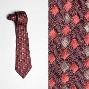 1930s Red Basketweave Necktie Medium Width Brown Neck Tie