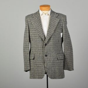 1970s Wool Tweed Jacket Gray Houndstooth Wide Lapel Two Button Coat