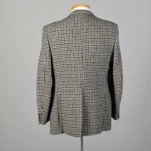 1970s Wool Tweed Jacket Gray Houndstooth Wide Lapel Two Button Coat - Fashionconstellate.com