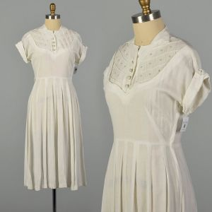 Medium 1950s White Rayon Dress with Pearl Neckline Linen-Look