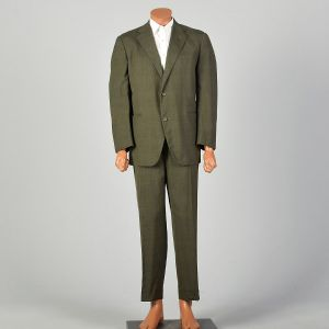 1970s Plaid Green Three Roll Two Single Vent Suit Flat Front Cuffed Tapered Leg