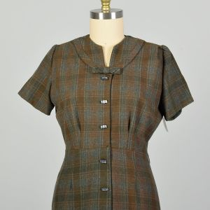XL-XXL 1950s Wool Button-up Dress Green and Brown Plaid Button-Up  - Fashionconstellate.com