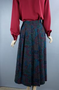 Pleated Multi Colored Paisley Midi Skirt,  Made in Austria, Size 40, W28, Size 7, Geiger - Fashionconstellate.com
