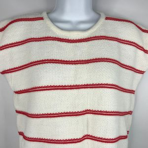 1980's Favorites White Red Striped Textured Cotton Cap Sleeve Sweater Size Large - Fashionconstellate.com