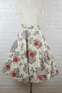Blooming Roses 1950s skirt . vintage 50s rockabilly quilted midi skirt  - Fashionconstellate.com