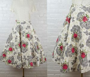 Blooming Roses 1950s skirt . vintage 50s rockabilly quilted midi skirt